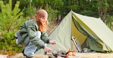 how to live in a tent full time